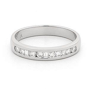 Princess & brilliant cut diamond channel set wedding ring