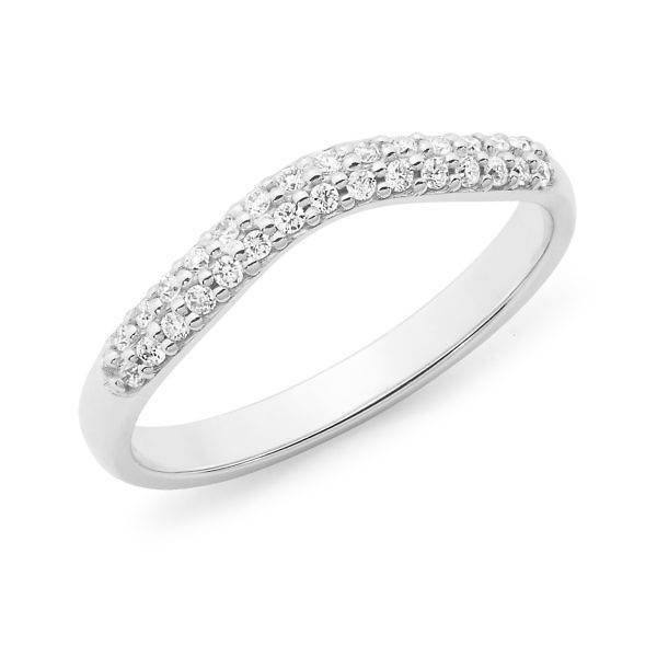 Brilliant cut diamond pave set curved wedding ring