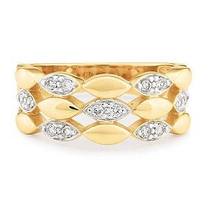 Yellow gold diamond dress ring