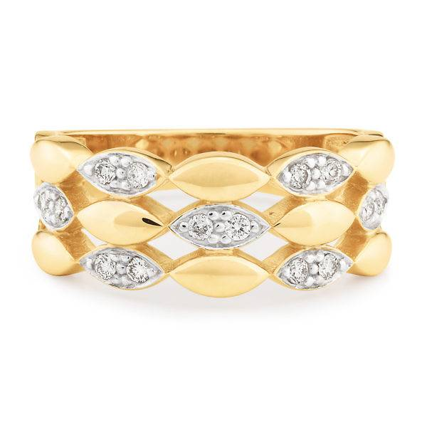 Yellow gold diamond dress ring