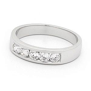 Brilliant cut diamond channel set ring