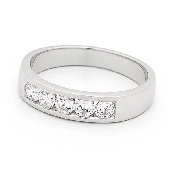 Brilliant cut diamond channel set ring