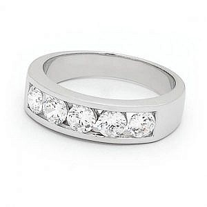 Mazzone brilliant cut diamond ring