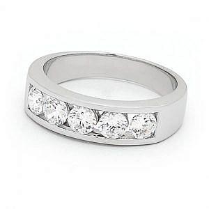 Mazzone brilliant cut diamond ring