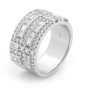 Baguette, princess & brilliant cut diamond ring