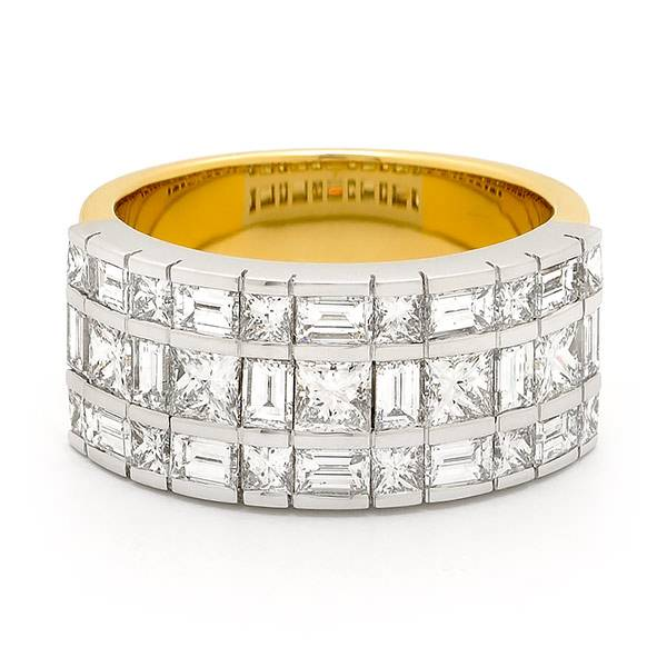 Baguette & princess cut diamond ring