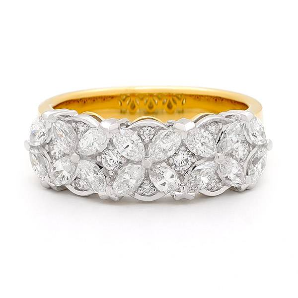 Marquise & brilliant cut diamond ring