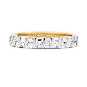 Baguette & princess cut diamond bar set ring