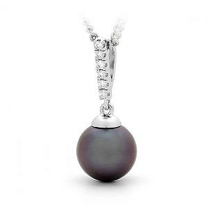 Black fresh water pearl & diamond pendant