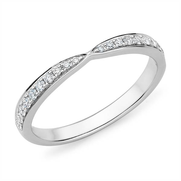 Mazzone pinched diamond wedding band